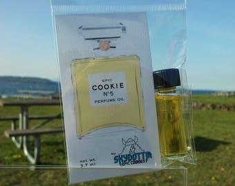 Skydottir Epic Cookie Vegan Artisan Perfume Oil Fragrance Chocolate Chip Cookie Perfume (3.7ml) Vanilla Sugar Bakery