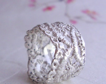 Lily Lace ring in sterling silver
