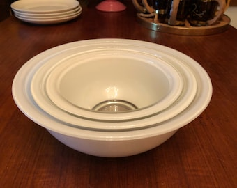 Set of Three (3) Vintage 1980s Pyrex Clear Bottom WHITE Nesting Mixing Bowls 322, 323, 325