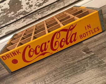 Absolute MINT Vintage 1960's Yellow Drink Coca Cola in Bottles 24 Divider Wood Soda Crate