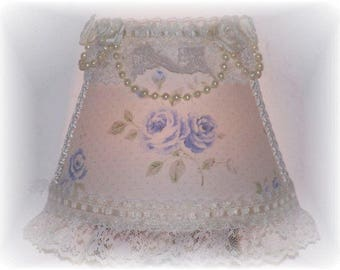 NEW Cottage Chic Style Lt Blue Shabby Roses NIGHT LIGHT Pearls and Lace Great Bridal Wedding Baby Gift