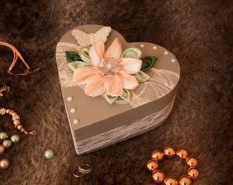 Fickle heart box