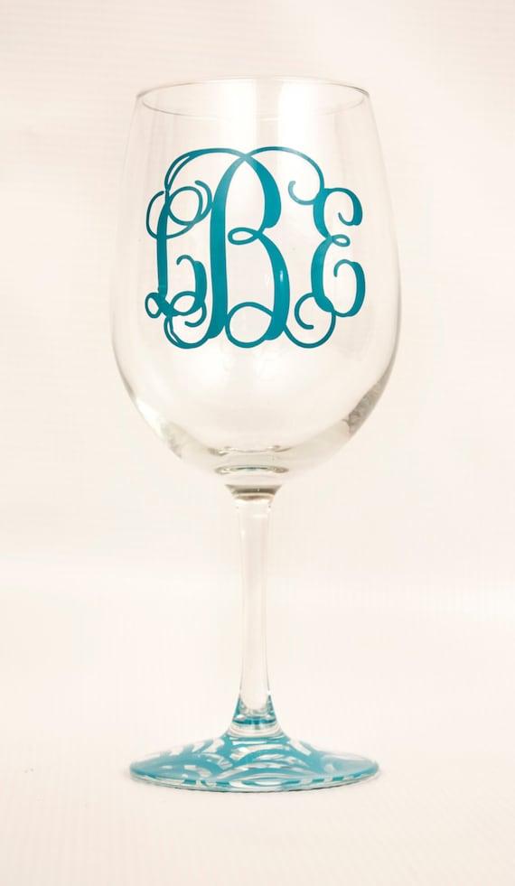 Personalized Monogrammed Wine Glass/ Birthday/Valentine's Day/Wedding Gift/Bridal shower/bachelorette party