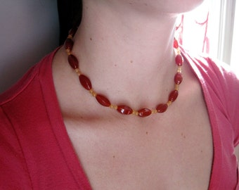 Blut Orange Karneol Perlen Halskette, Orange Perlen Halsband, Karneol Schmuck, Rot-Orange-Halsband