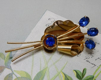 CORO Signed Gold Scallop Brooch w/ Blue Flower Stones    NCP12