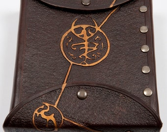 Leather alchemist potion bag larp cthulhu accessory mystic symbol fantasy costume eldritch horror prop warcraft cosplay bottle brown gold