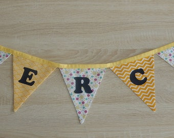 Text or name Bunting