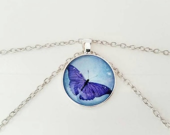 Butterfly Necklace/Cabochon Butterfly Pendant Necklace/Butterfly Accessory/Butterfly Pendant With Chain/Pendant Necklace/Girl's Necklace