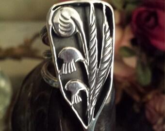 """Sterling silver vintage artist """"one of a kind"""" design ring"""
