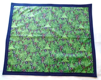 Altar cloth for Yule Modraniht Alban Arthuan Yuletide Druid Saxon Heathen Wicca witch Druid pagan evergreen trees