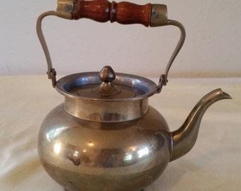 little brass teapot/brass teapot/teapot/brass kettle/vintage brass kettle/vintage brass teapot/vintage brass