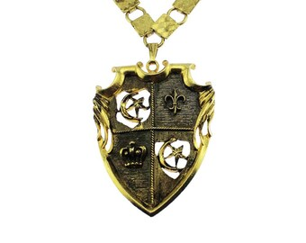 Large Gold Crest Pendant Necklace, Chunky Gold Chain Pendant Necklace, Gold Coat of Arms Necklace