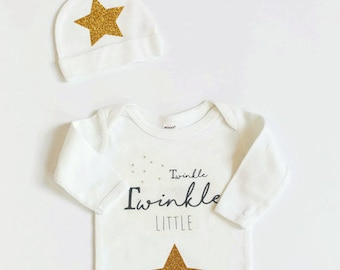 Baby Gown Set, Baby Bodysuit, Twinkle twinkle little star, newborn gown and hat set, MaxandMaekids, max and mae