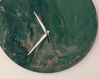 poured painting clock
