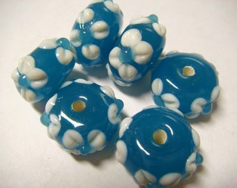 6 Turquoise floral applique rondelle lampwork beads