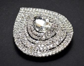Drop brooch pendant