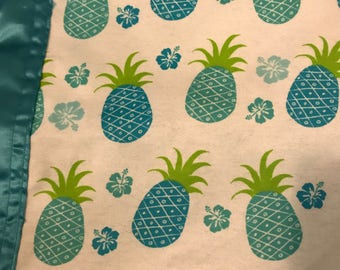 Pineapple Silkie baby blanket