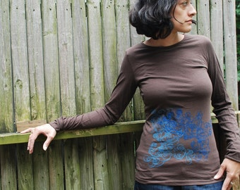 Graphic tee for women - S,L, womans tops tshirts, silkscreen womens t-shirt, womens tees - brown long sleeve, double deco
