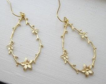 Twig and Blossom Earrings / Branch Earrings / Long Gold Dangle Earrings / Minimalist / Fall Earrings /  14K Gold Filled Wire