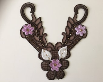Embroidered and beaded applique Brown sewing 20 * 18 cm