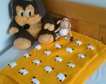 Hand-knitted hand-made wool baby blanket with sheep / Favourite children quilt with sheep / Wool Throw blanket