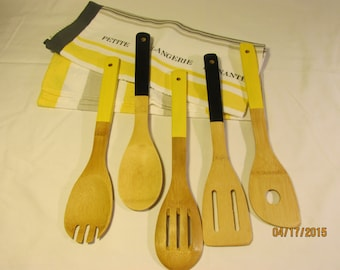 Towels & Painted Bamboo Kitchen Utensils