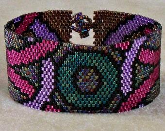 Geometric Jewel Tone Bracelet - Peyote Pattern