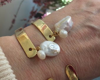 Bracelets Bangle cooper with gold filled  Geometric Shapes with Mother of Pearls hanging Bridal Bracelet