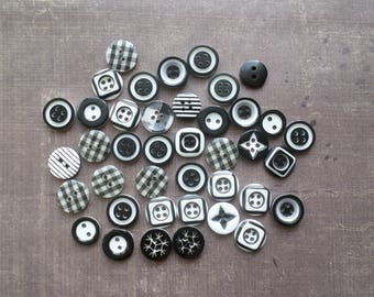 40 buttons round color shade black white