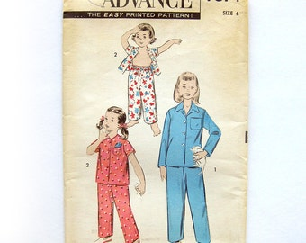 1950s Vintage Sewing Pattern - Child's Pajamas Girl's Sleepwear - Advance 7874 / UNCUT FF / Size 6