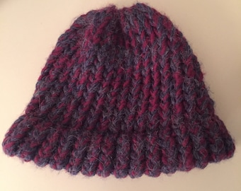 Newborn loom knit hat