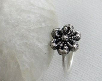 Oxidized Sterling silver Daisy lace Ring