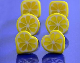 Lemon Stud Earrings - Polymer clay jewelry  - Handmade lemon jewelry - Yellow citrus jewellery - Fruit earrings