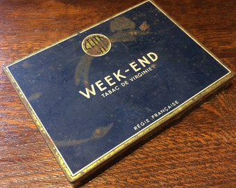 Authentic French Week-end tobacco tin with lid