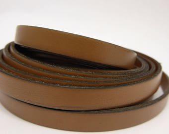 Flat leather strap Brown 10 mm, 19 cm
