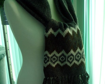 Vintage scarf with Norwegian pattern in charcoal gray