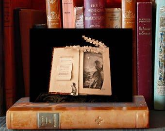 """Paper Sculpture Fineart Postcard """"Mélancolie le soir"""""""