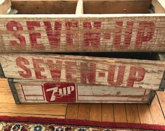 Vintage Wooden 7 UP Seven Up Crate // Vintage Wood Crate // Vintage Wooden Soda Crate