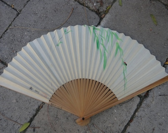 Vintage 1940s Hand Painted Bamboo Paper Fan