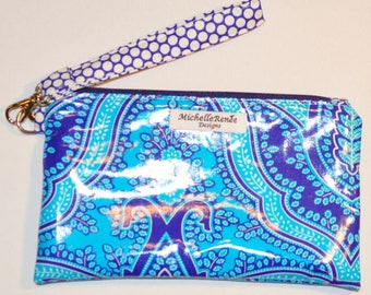 SALE! Wristlet - Water and Stain Resistant Laminated Cotton - Jennifer Paganelli Fabric - Sale!