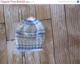 acrylic Baby Hat - 6 - 12 months Hand knit