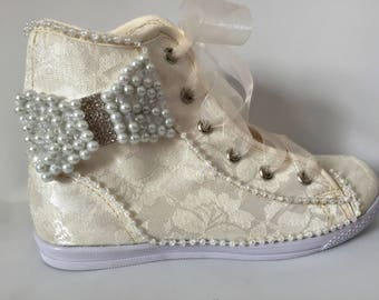 Bridal shoes, bridal sneakers, wedding shoes, lace ivory shoes, first communion shoes, first communion sneakers, wedding lace shoes