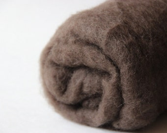 Needle felting wool, 1 oz, beaver - brown.  Maori wool blend of coopworth and corriedale. Brown needle felting wool.