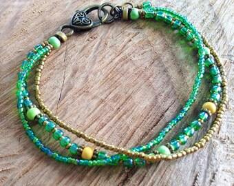 Beaded Ankle bracelet, colorful boho anklet, beaded anklet, green anklet, ankle boho beads, summer jewelry, body jewelry, bohemian jewelry