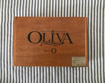 Vintage Olivia Cigar Box . Wood Wooden Box . Vintage Advertising . Storage . Industrial Farmhouse Decor .