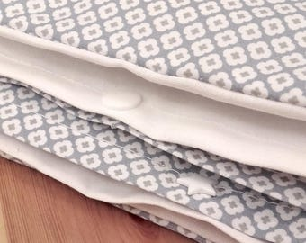 PROMO quilt and its cover white blue Scandinavian quilt 75 x 120 baby.