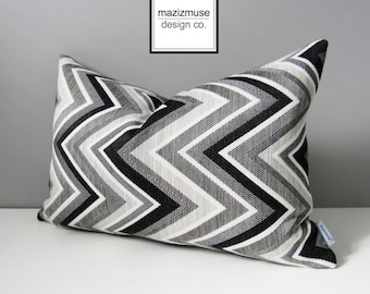 Grey Black & White Chevron Pillow Cover, Decorative Outdoor Pillow Cover, Gray Geometric Pillow Case, Gray Sunbrella Cushion Cover Mazizmuse
