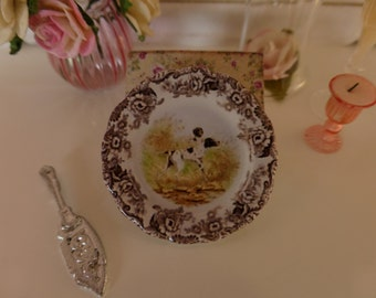 1:12 Scale Dollhouse Miniature Hunting Dogs Pointer Plate