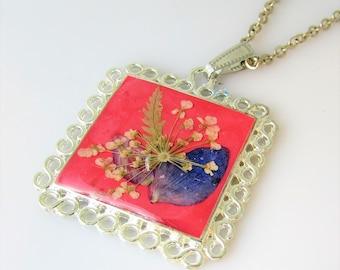 Flower Petals Pendant,  Pressed Flower Pendant,  Real Flowers, Pressed Flower Jewelry, Resin (3092)