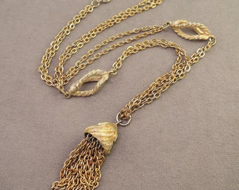 Gold Tone Tassel Necklace c1960s